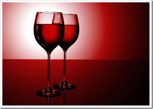 В чём содержаться основные отличия между красным и белым вином?