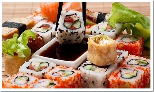 Способы еды суши и роллов