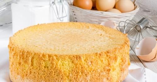 Как испечь бисквитный торт в домашних условиях
